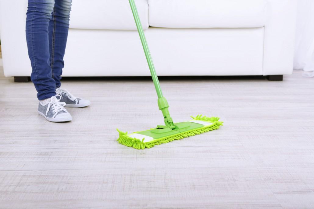 Strojové čištění podlah – průmyslové podlahy